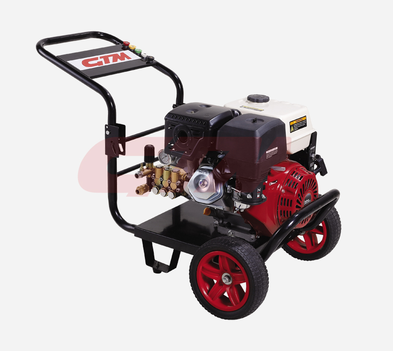 Engine direct-connection type high pressure washer